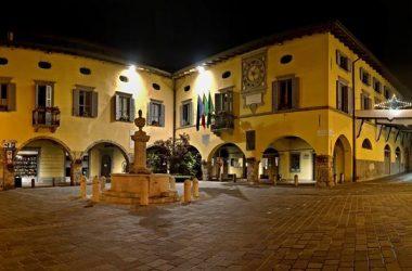 Piazza de Gandì, Zandaline e lucine dela Madona dol Carmen